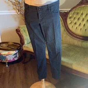 Express. Cropped jeans. Women's 8.
